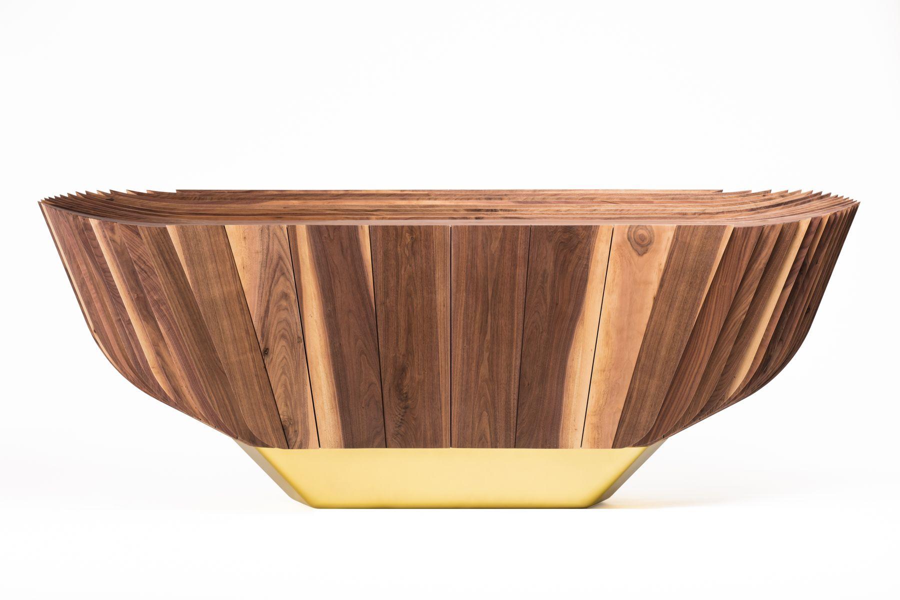 Whakairo Sideboard von Pedro Teixeira für Alma de Luce
