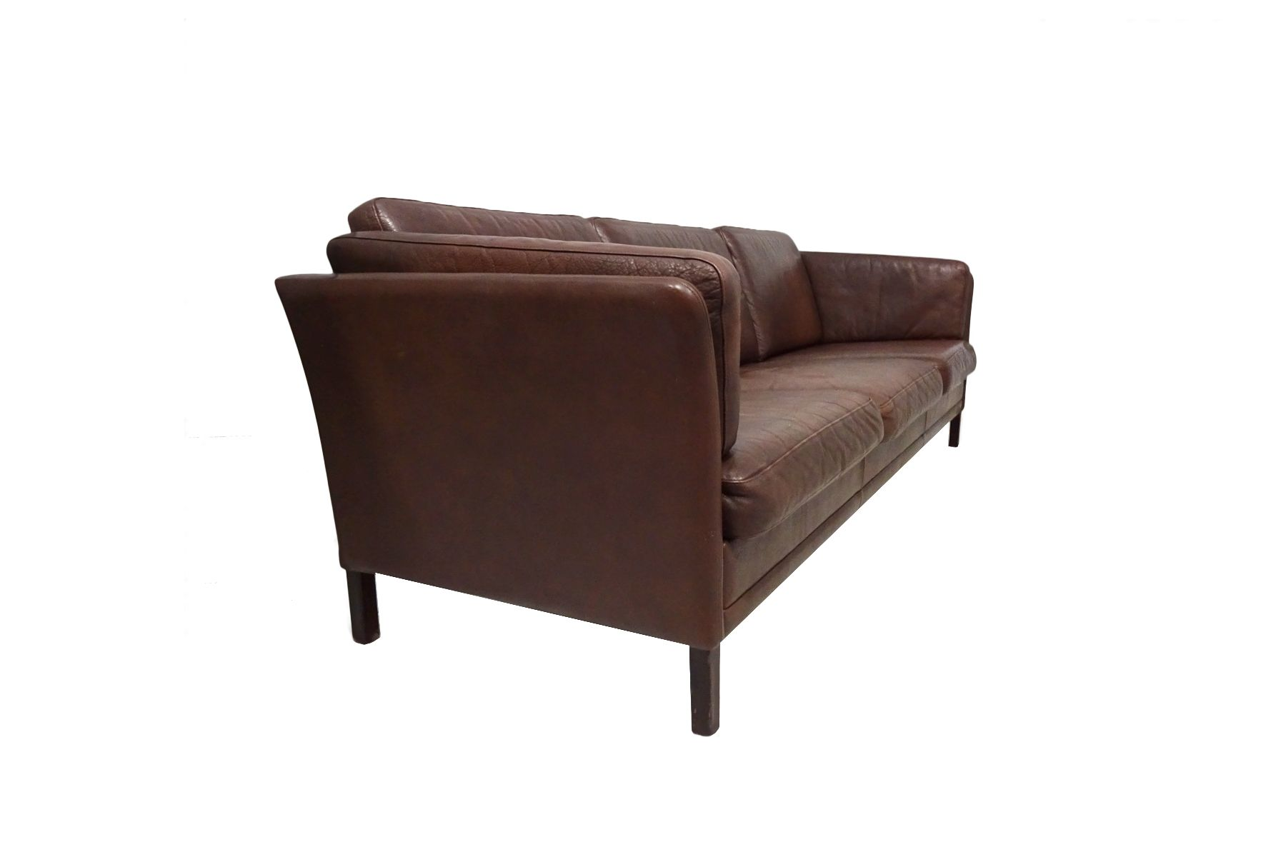 Model Mh2225 Danish Mid Century Sofa By Mogens Hansen