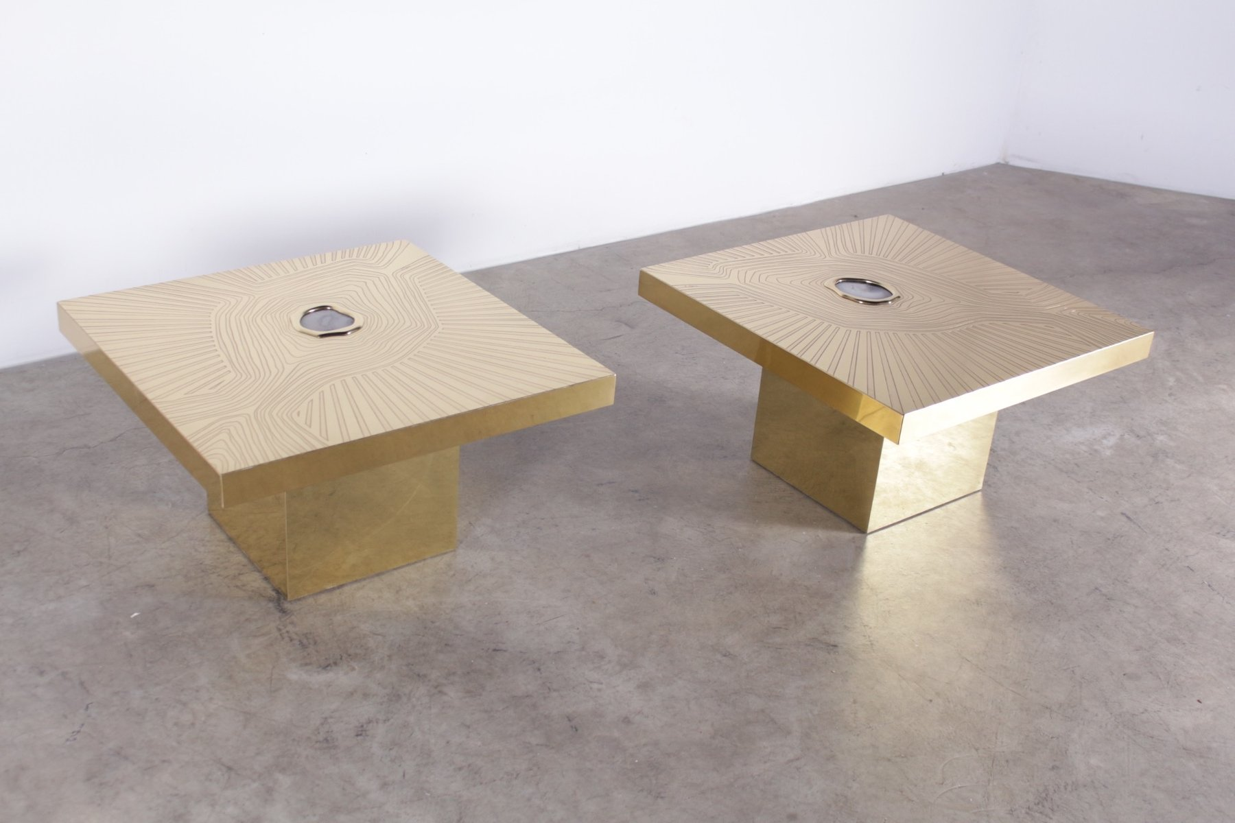 Vintage Coffee Tables In Engraved Brass And Agate By Elias Pascual - Pascual coffee table