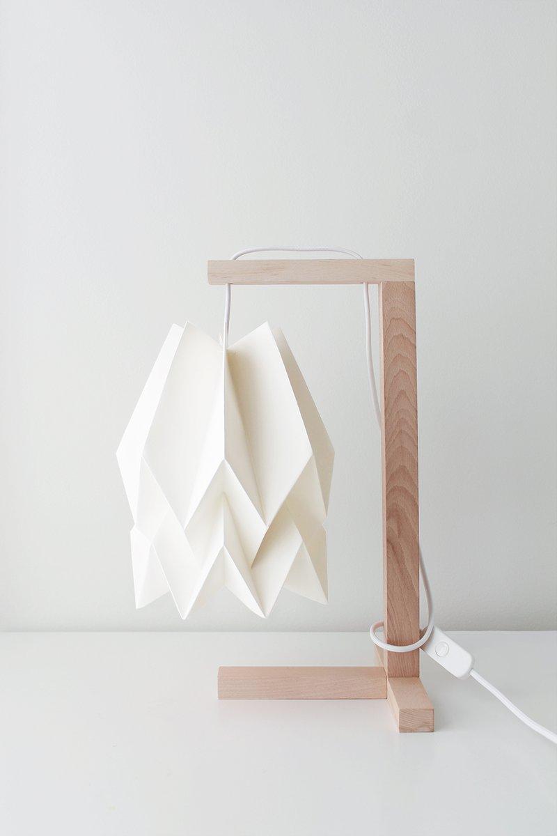 Polar White Tischlampe von Orikomi