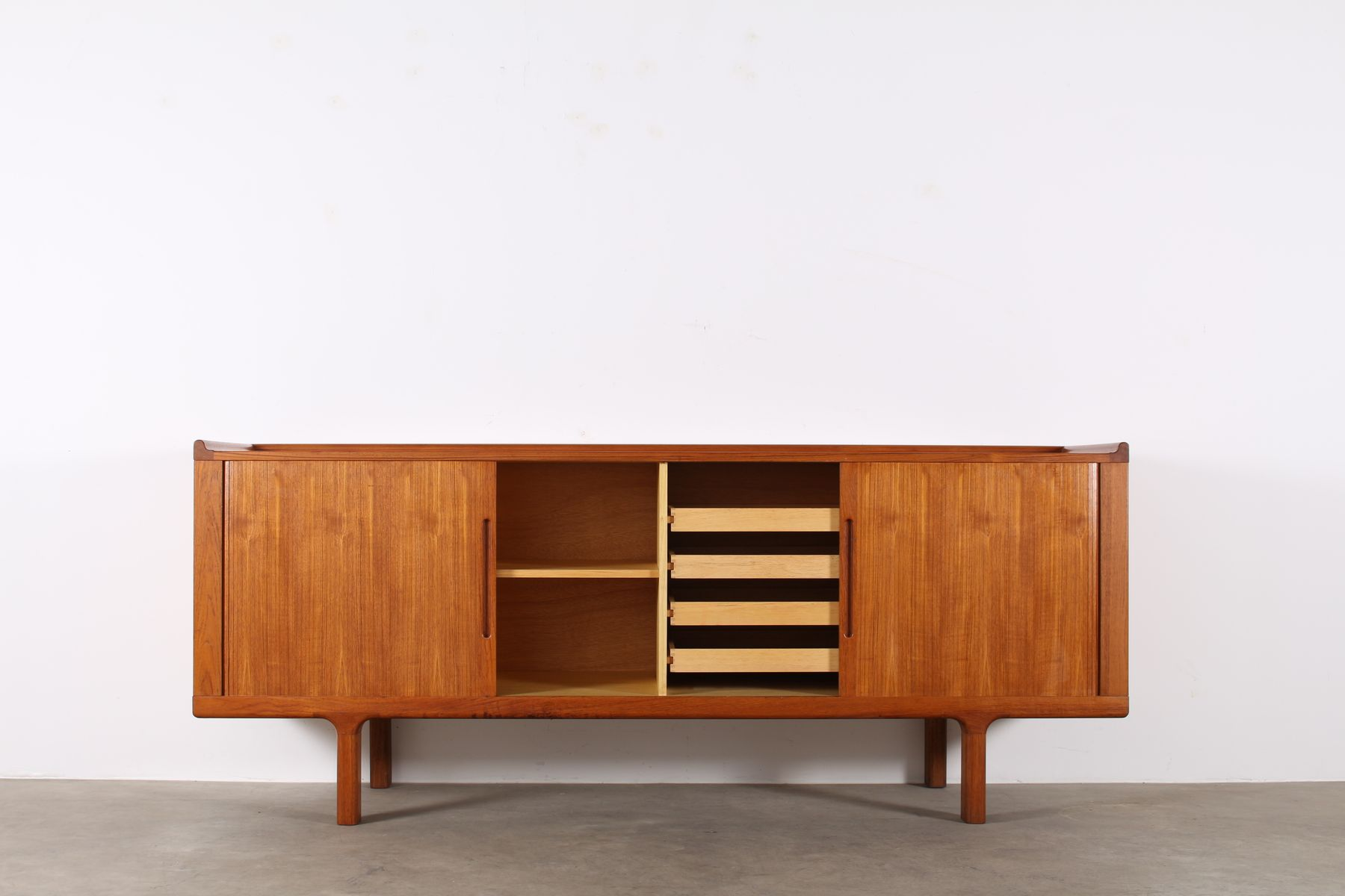 d nisches sideboard von knud faerch f r soro stolefabrik 1970er bei pamono kaufen. Black Bedroom Furniture Sets. Home Design Ideas