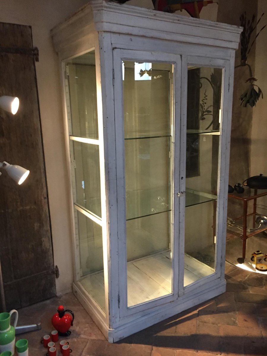 gro e antike vitrine bei pamono kaufen. Black Bedroom Furniture Sets. Home Design Ideas