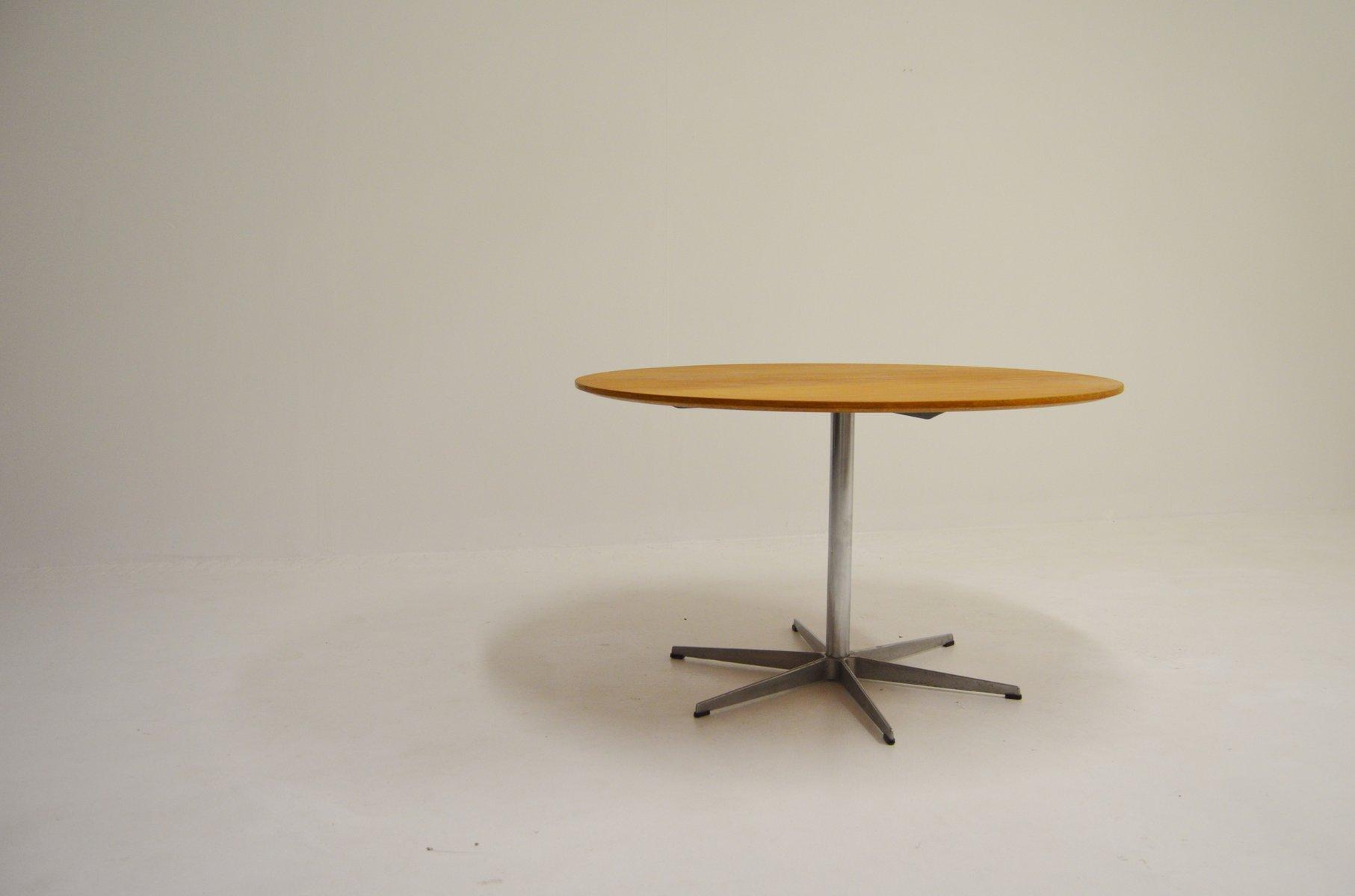 runder modell a825 eichenholz tisch von arne jacobsen piet hein und bruno mathsson f r fritz. Black Bedroom Furniture Sets. Home Design Ideas