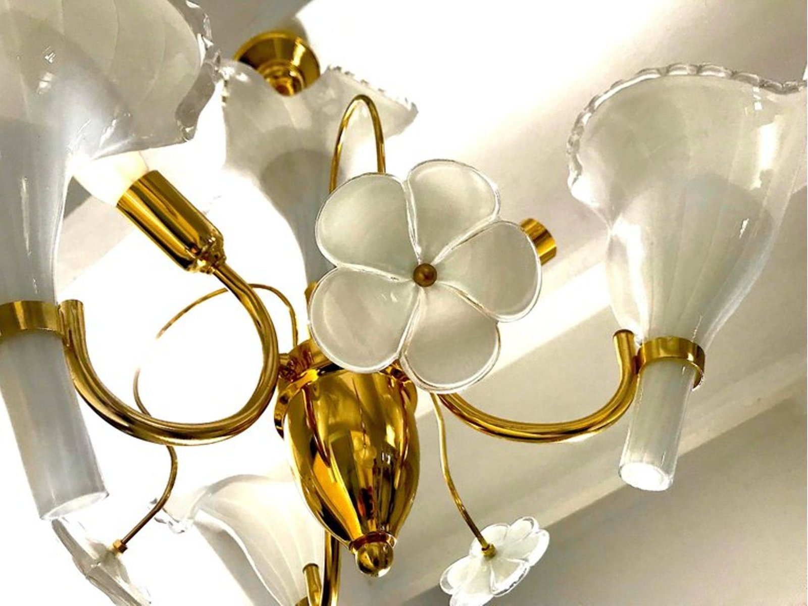 Vintage Murano Glas Kronleuchter mit vergoldetem Rahmen von Franco ...