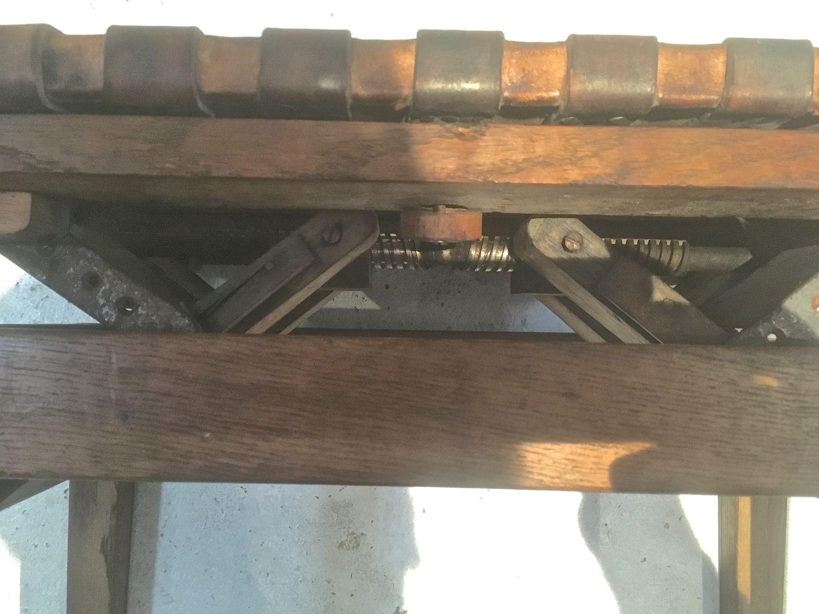 Sgabello da pianoforte vintage in vendita su pamono