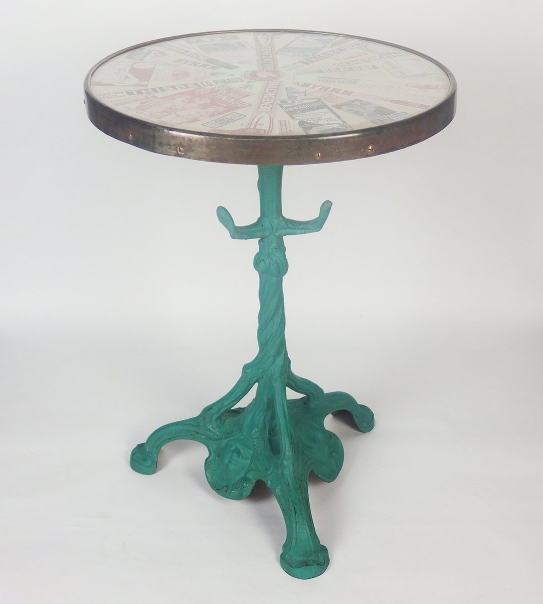 table bistrot antique avec plateau en verre france en vente sur pamono. Black Bedroom Furniture Sets. Home Design Ideas
