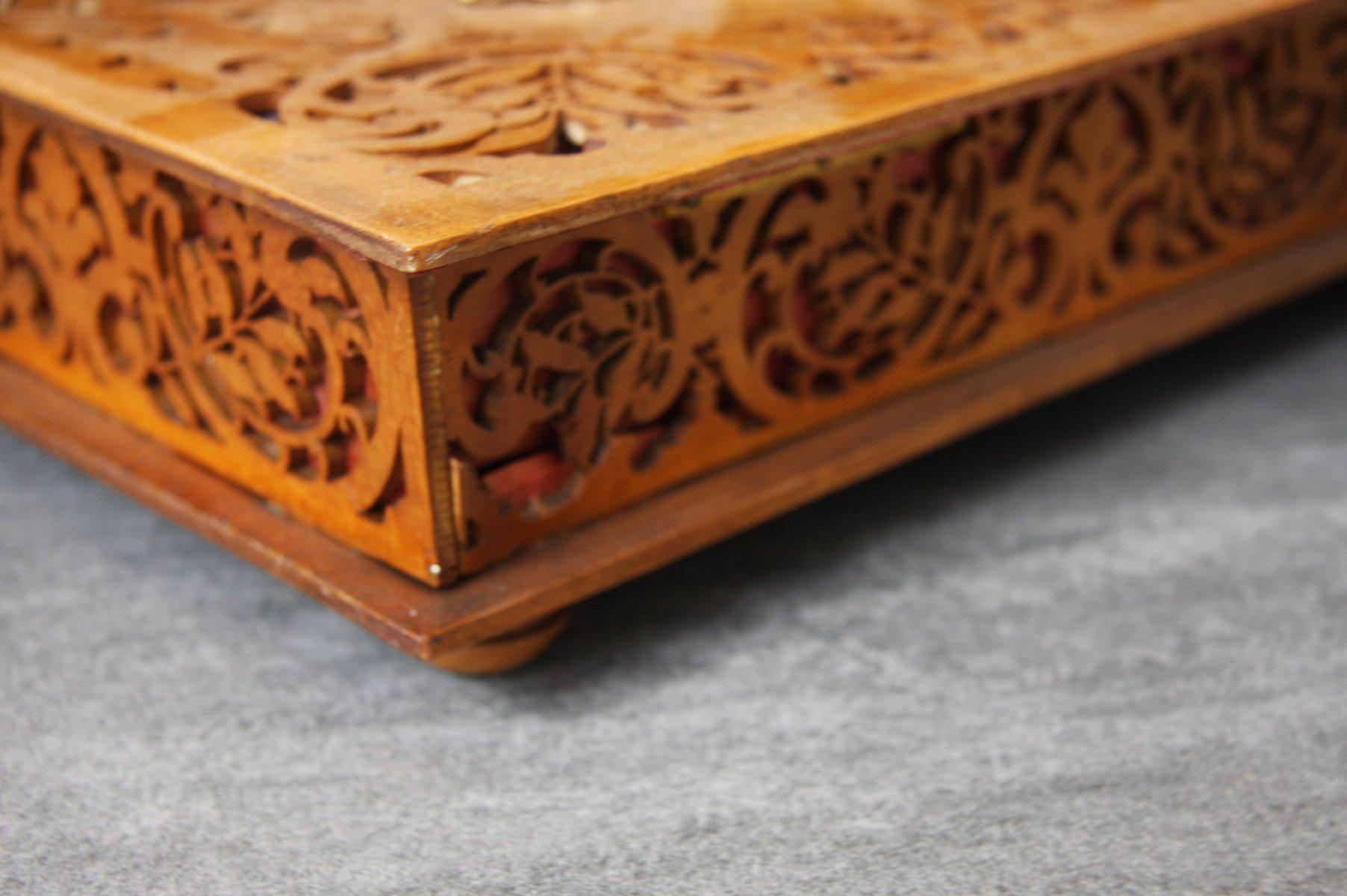 vintage kiste aus geschnitztem holz bei pamono kaufen. Black Bedroom Furniture Sets. Home Design Ideas