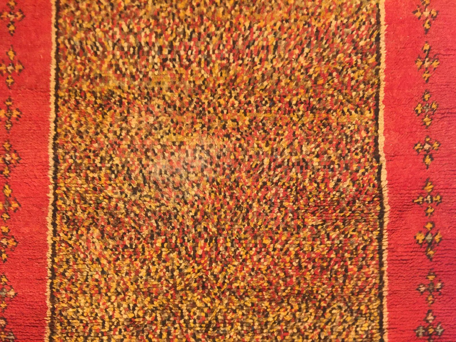 vintage berber teppich in safrangelb rot bei pamono kaufen. Black Bedroom Furniture Sets. Home Design Ideas