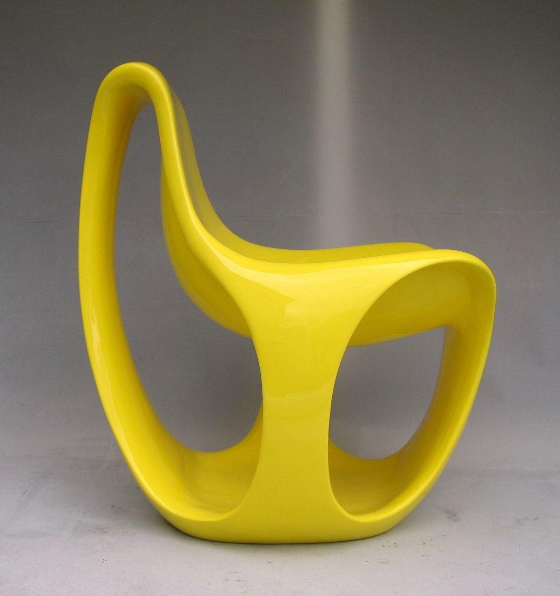 schweizer gelb lackierter fiberglas stuhl 1970er bei pamono kaufen. Black Bedroom Furniture Sets. Home Design Ideas