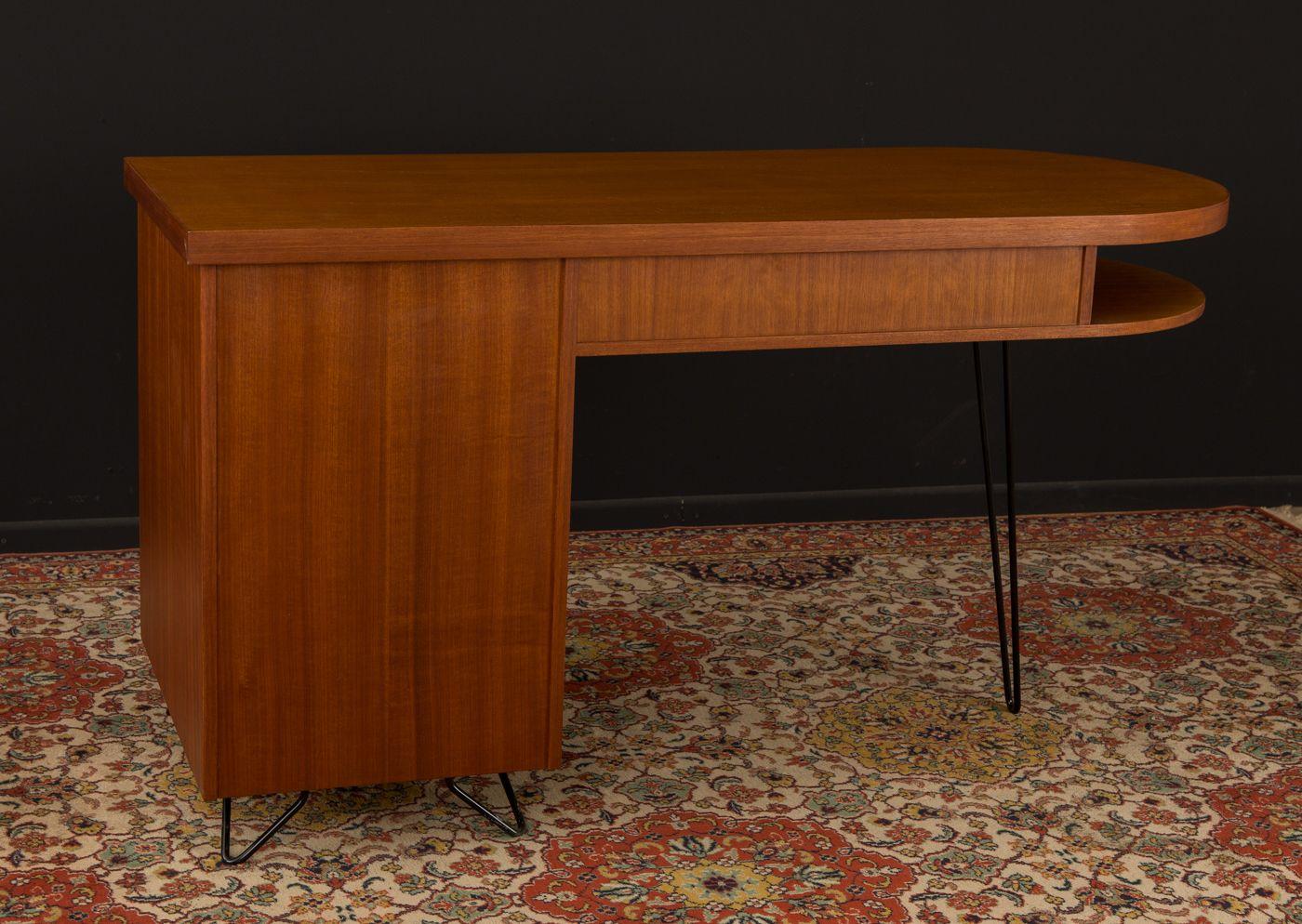 Schreibtisch Von Musterring International 1950er Bei Pamono Kaufen