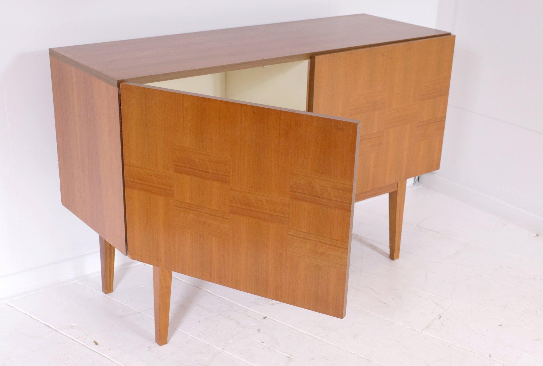 platanen sideboard 1970er bei pamono kaufen. Black Bedroom Furniture Sets. Home Design Ideas