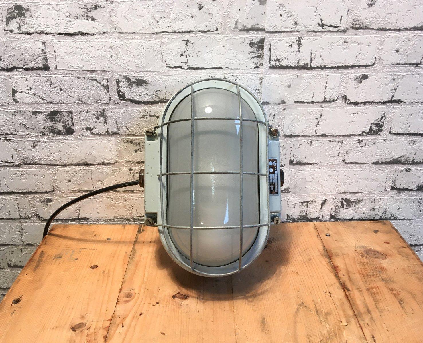 Industrielle Wandlampe aus gegossenem Aluminium 1960er