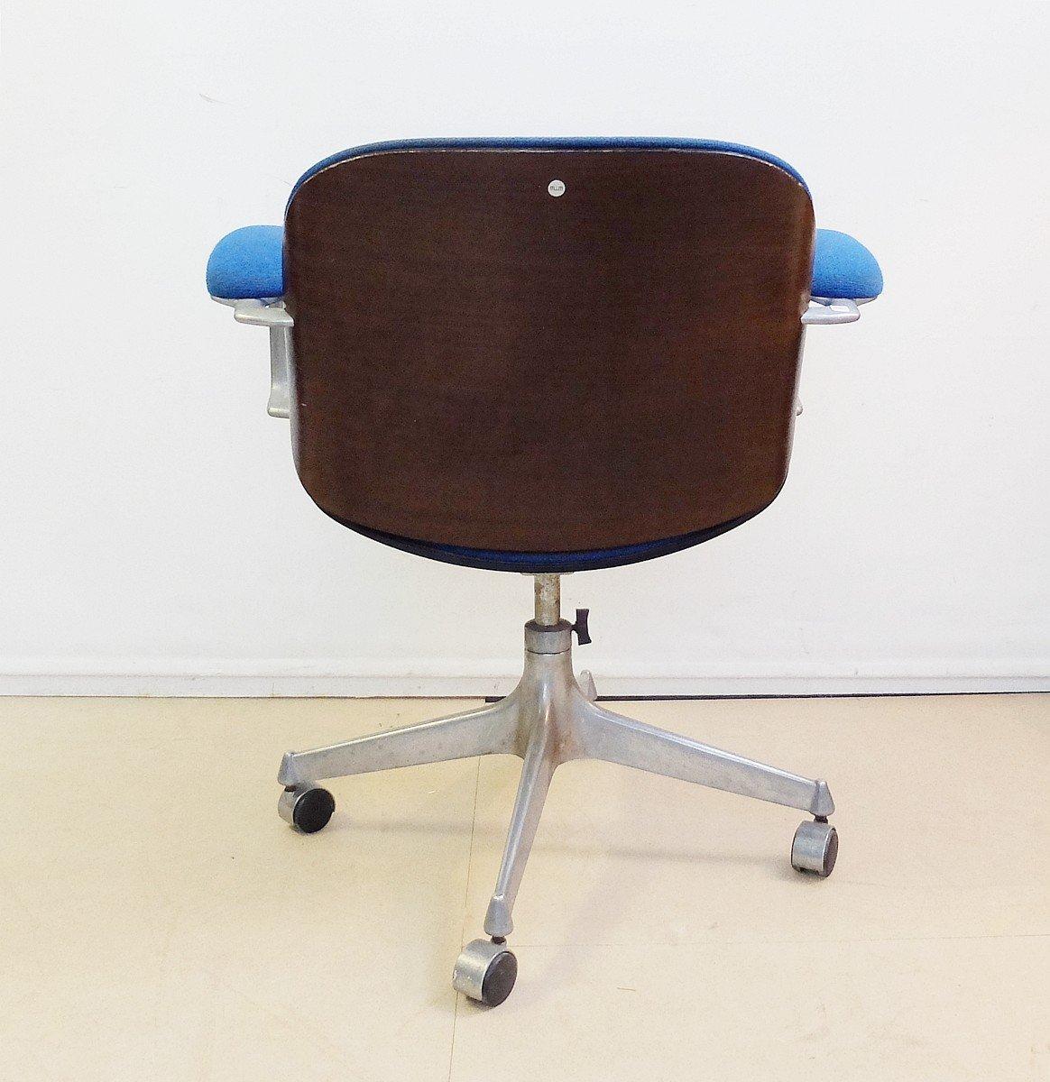 chaise de bureau pivotante s rie terni mid century avec accoudoirs par ico parisi pour mim en. Black Bedroom Furniture Sets. Home Design Ideas