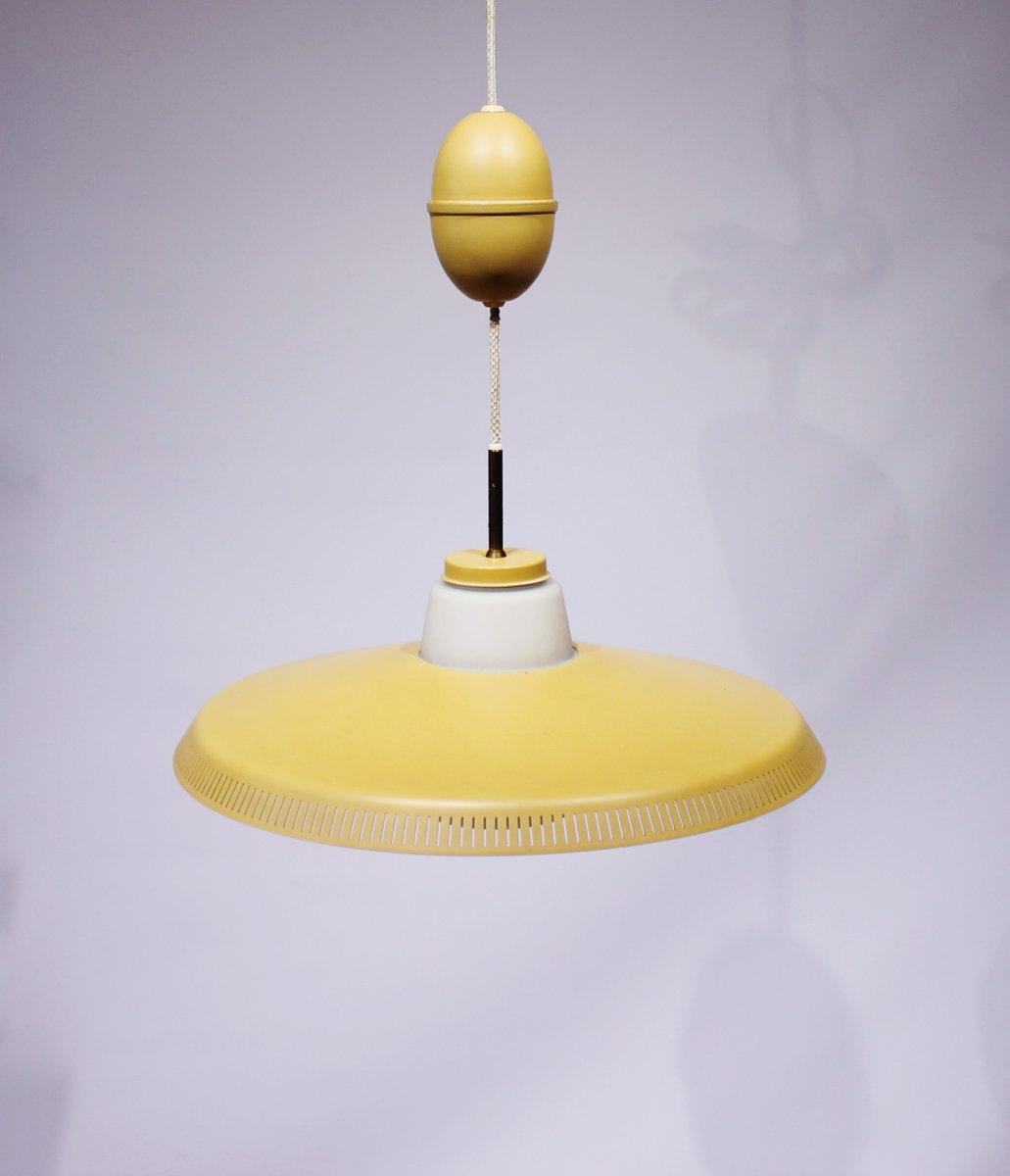 Gelbe Modell P415 Hängeleuchte von Bent Karlby für Lyfa, 1960er
