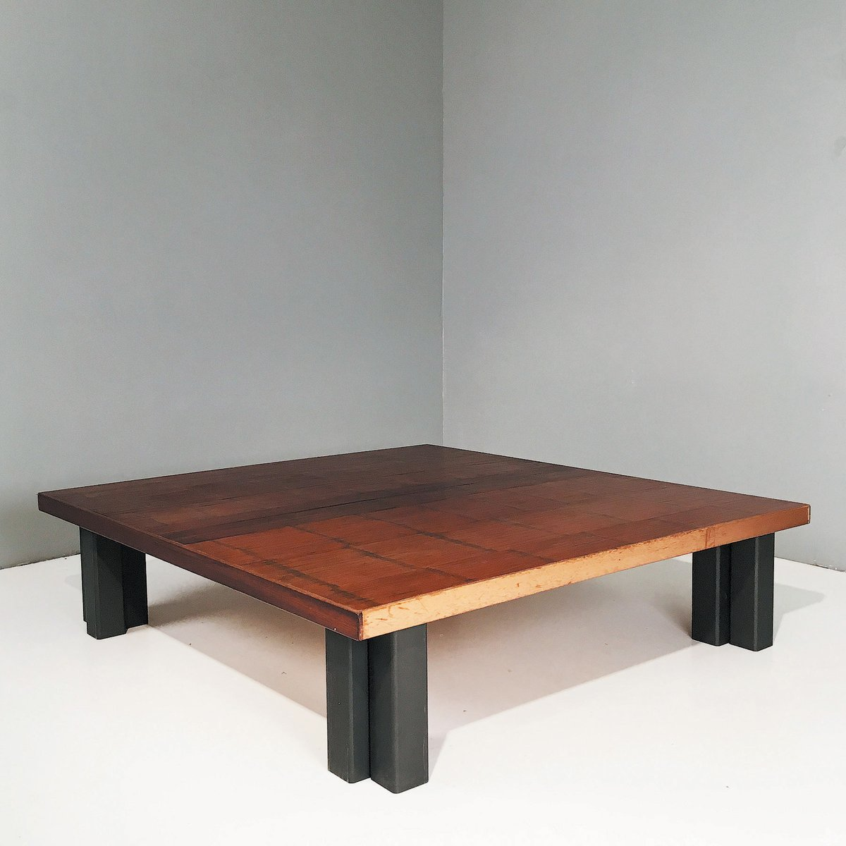 grande table basse 1970s en vente sur pamono. Black Bedroom Furniture Sets. Home Design Ideas