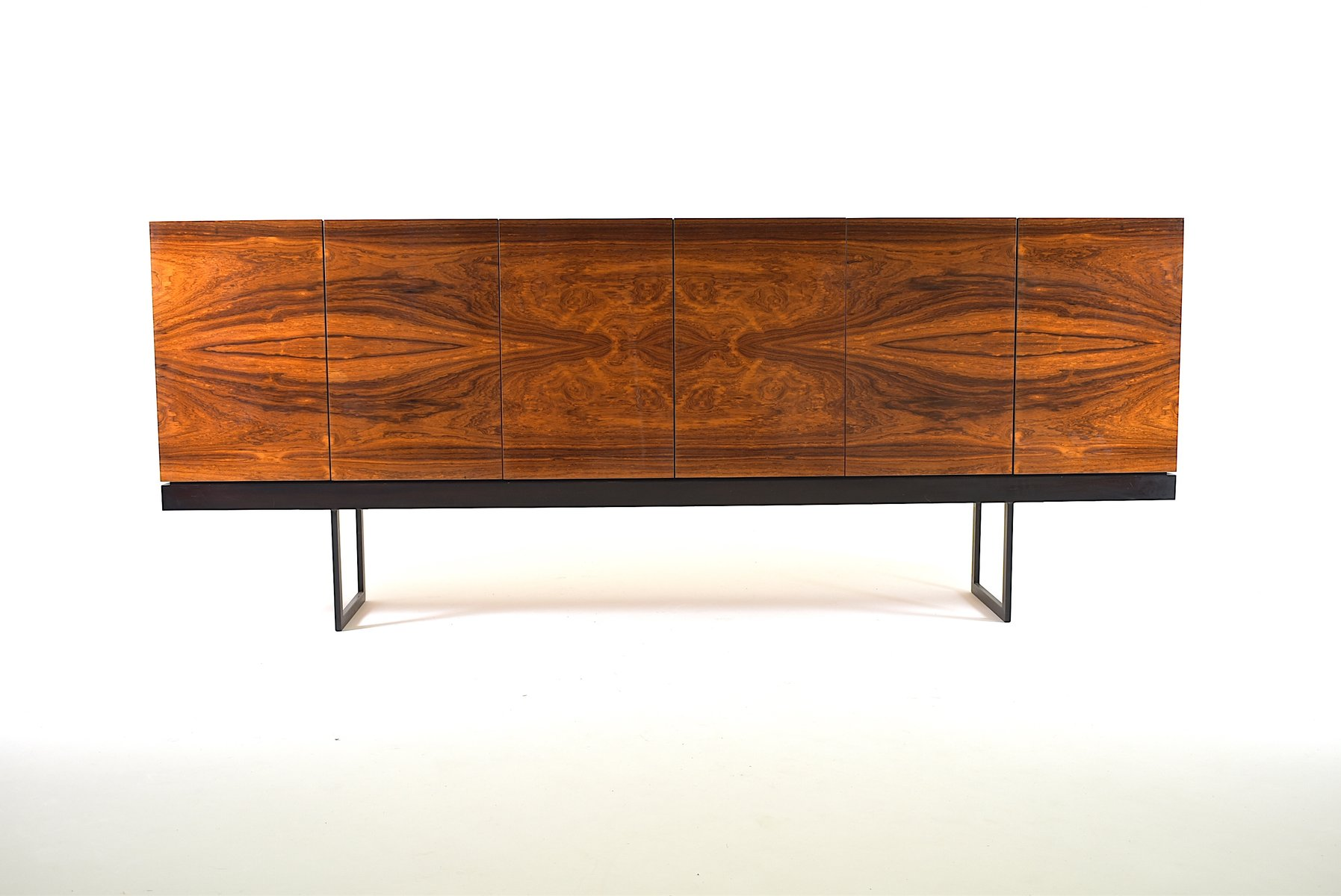 Großes minimalistisches Vintage Palisander Sideboard