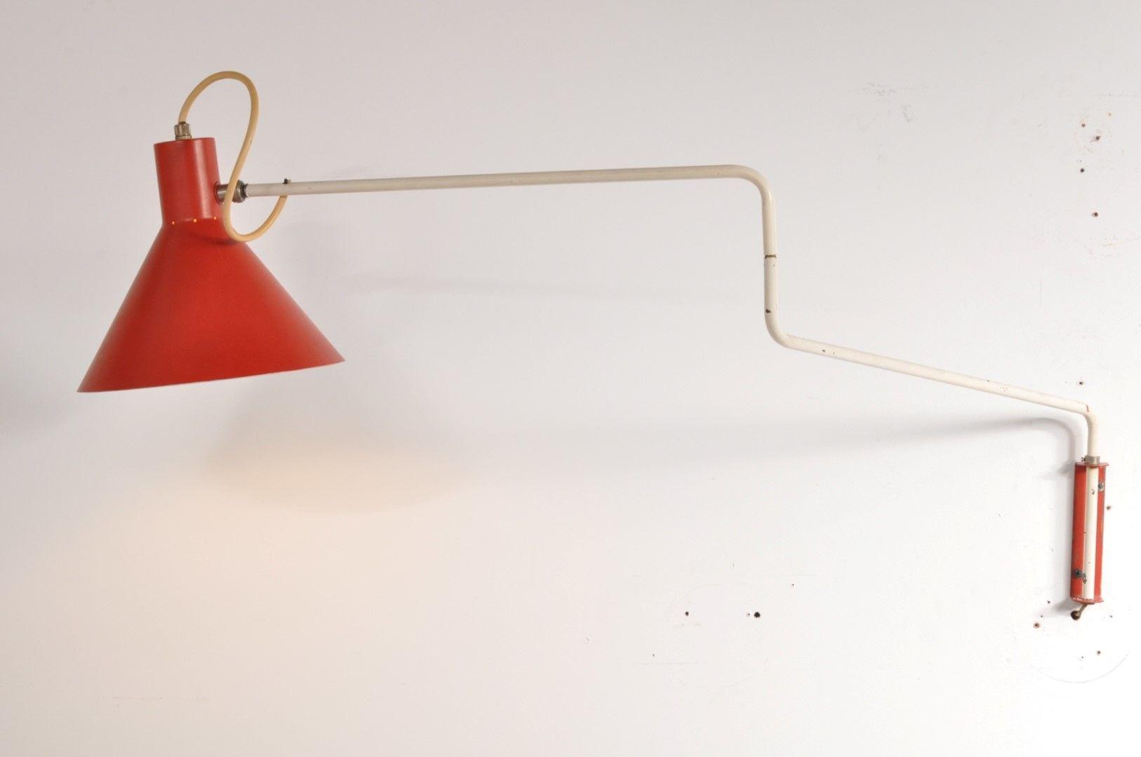 Rote Elbow Wandlampe von J.J.M. Hoogervorst für Anvia, 1950er