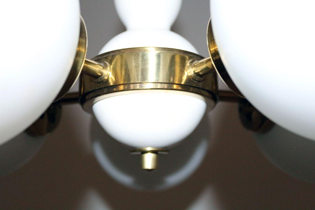 Lampadario Bianco Legno : Lampadario in legno bianco e vetro opalino di orion anni 60 in