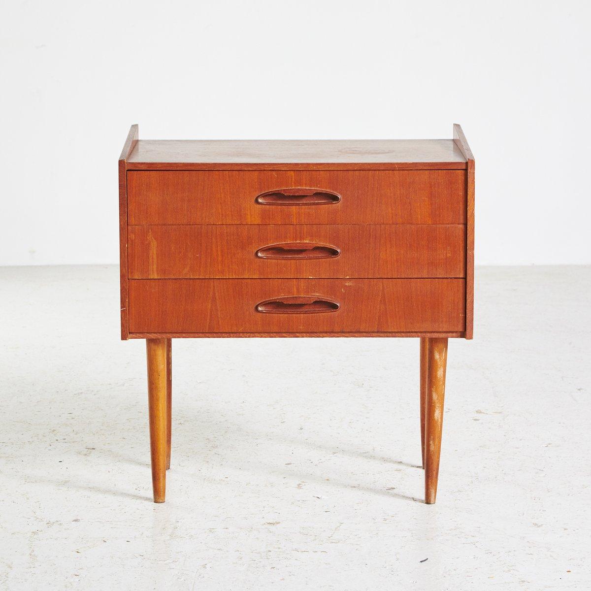 Dänischer Teak Nachttisch mit 3 Schubladen, 1960er