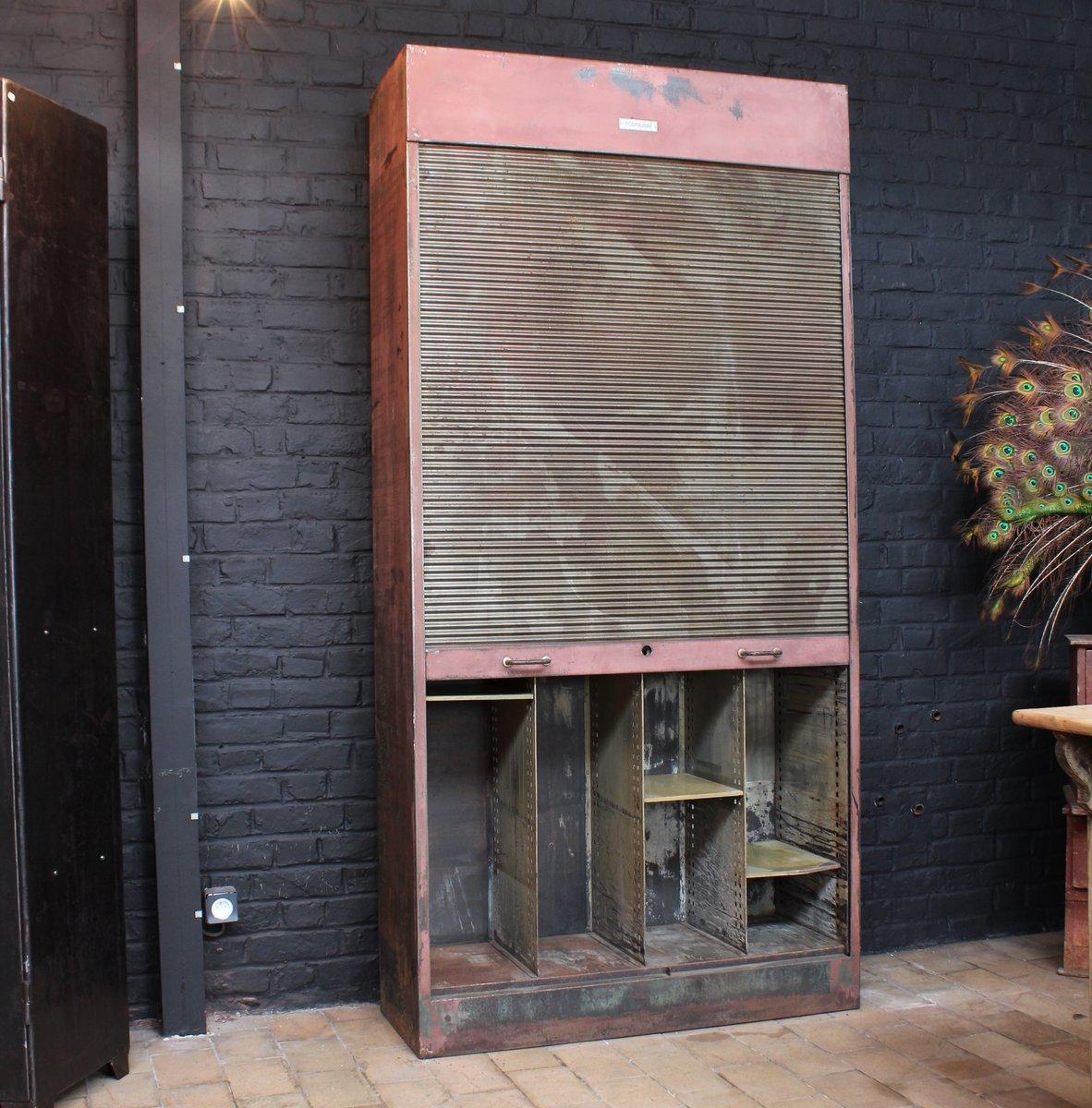 armoire industrielle m tallique luq86 slabtownrib. Black Bedroom Furniture Sets. Home Design Ideas