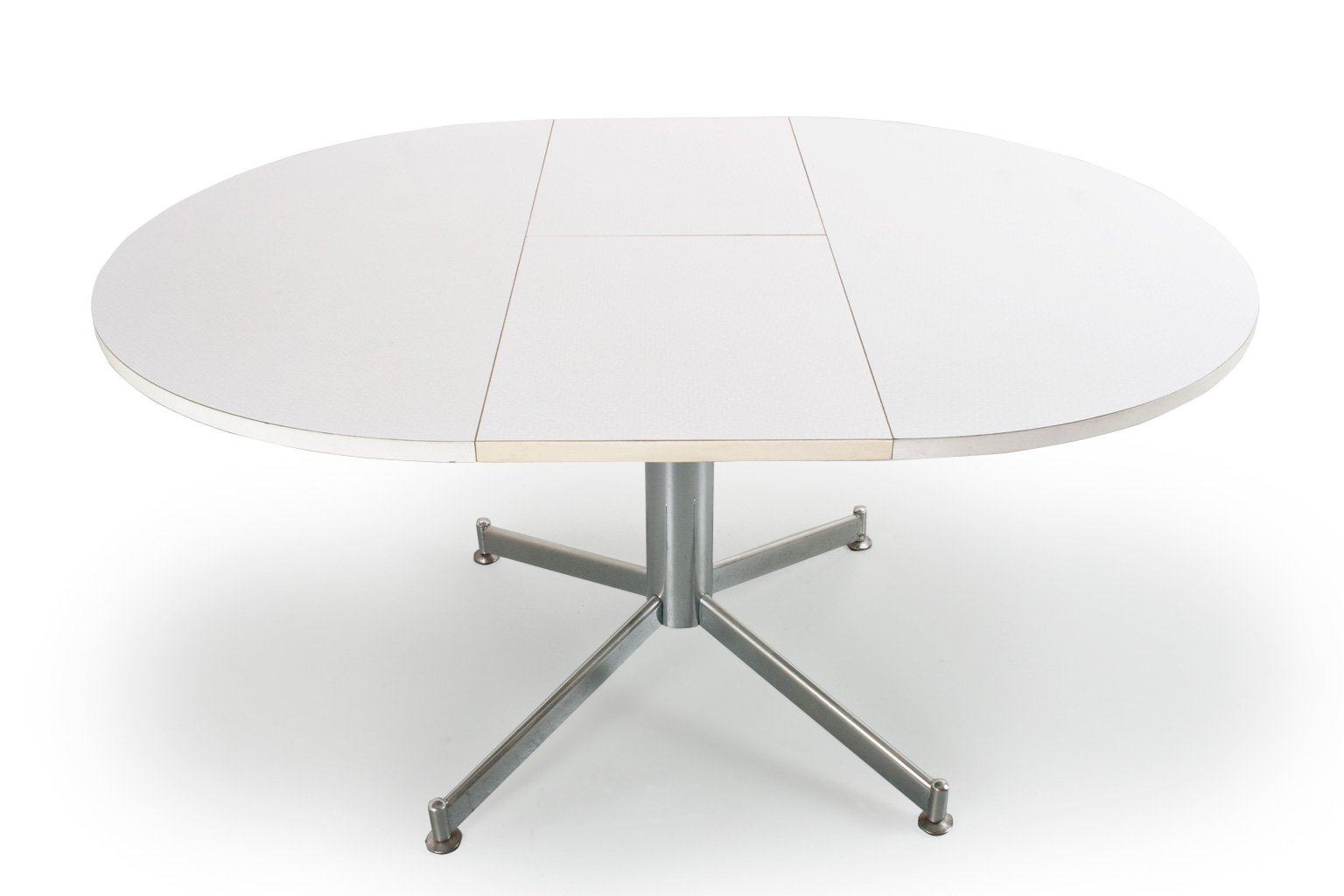 Vintage Extendable Round Dining Room Table In Metal And