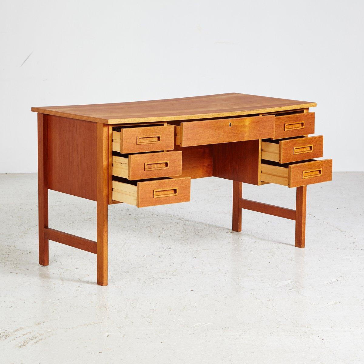 d nischer teak mid century schreibtisch 1960er bei pamono kaufen. Black Bedroom Furniture Sets. Home Design Ideas