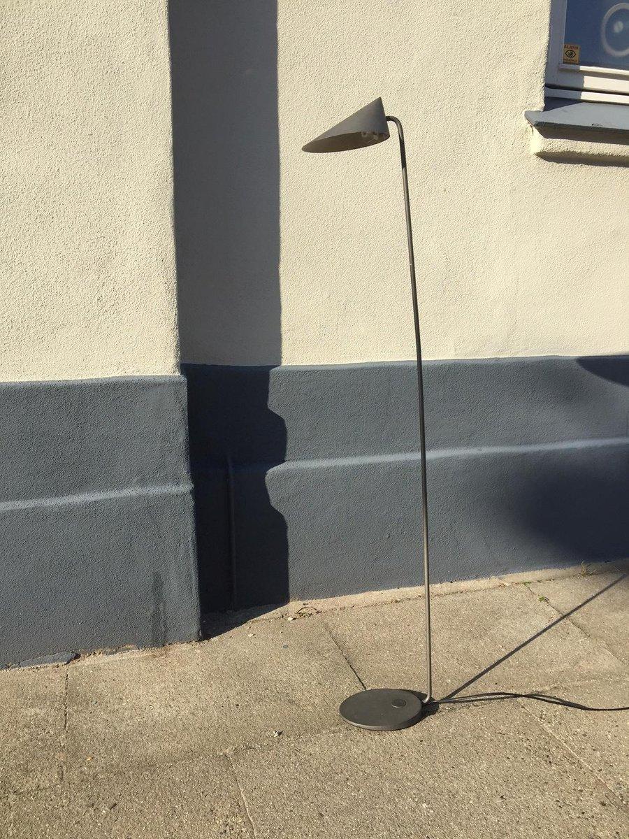 Minimalistische graue Stehlampe von Alfred Homann für Louis Poulsen, 1...