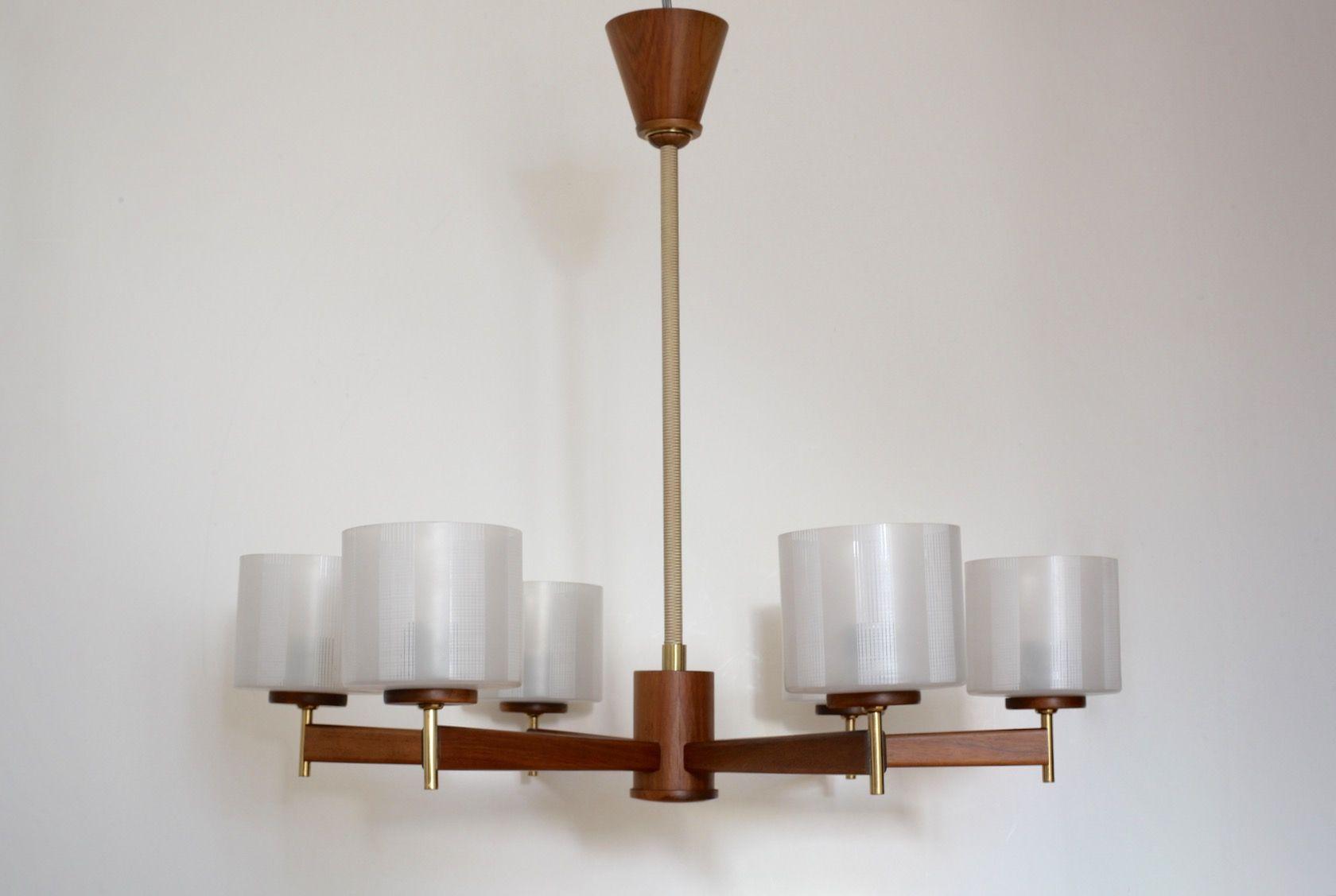 Vintage Walnuss Furnier Deckenlampe mit Messing Details von Temde, 195...