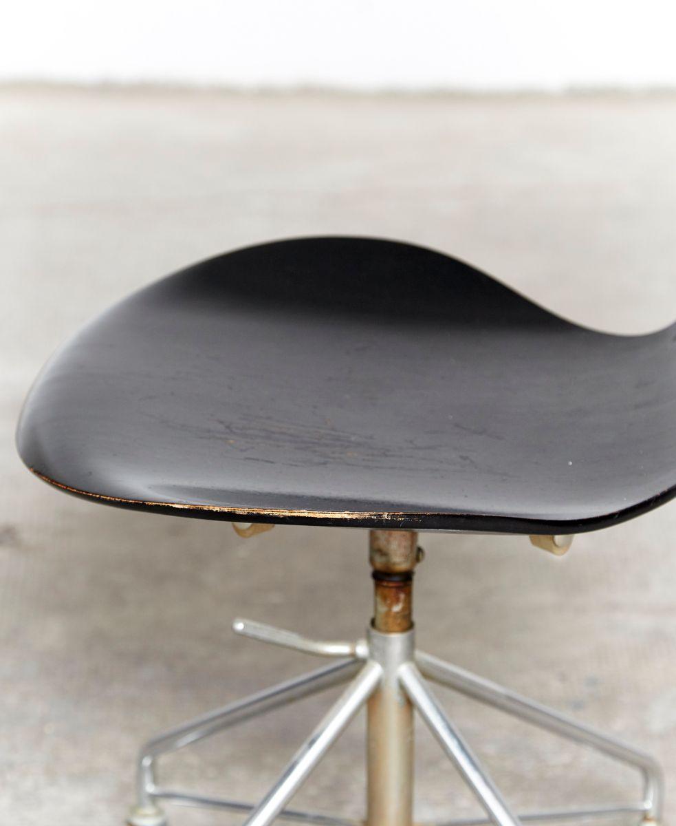 modell 3217 b rostuhl von arne jacobsen f r fritz hansen 1963 bei pamono kaufen. Black Bedroom Furniture Sets. Home Design Ideas