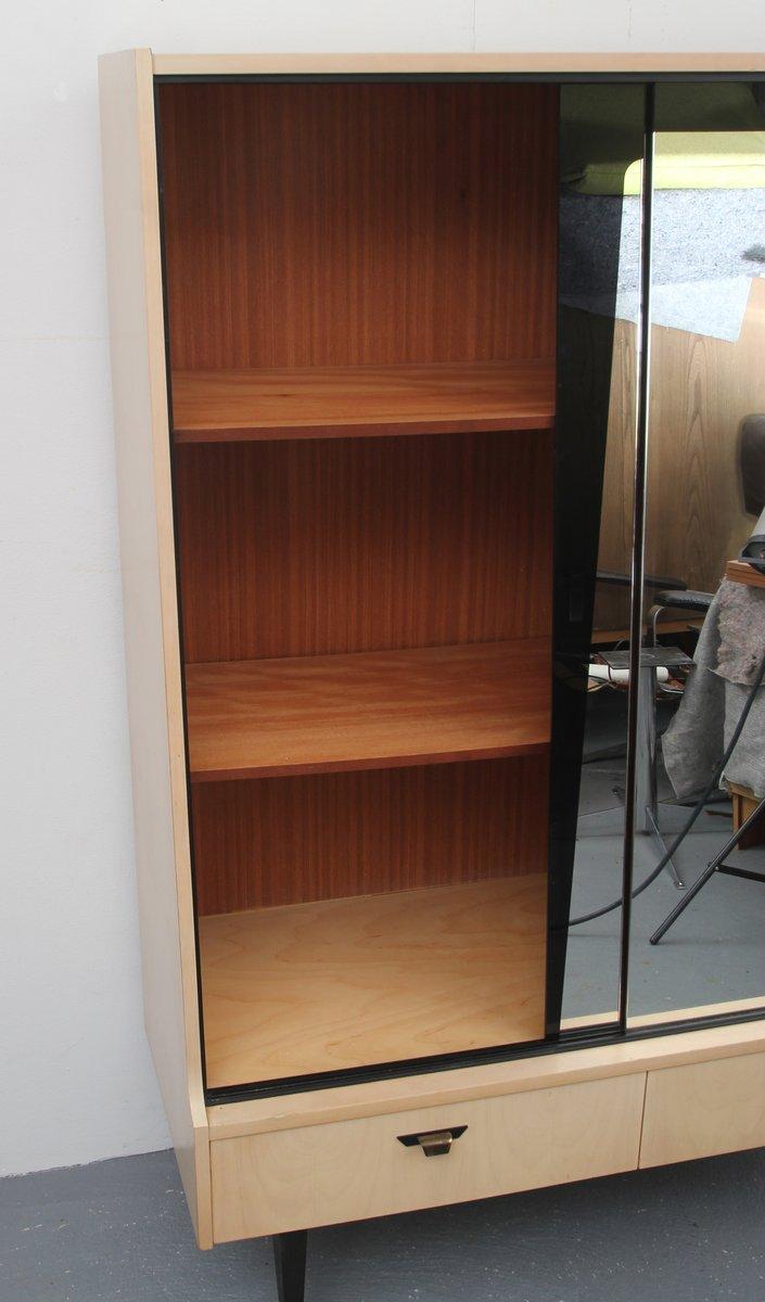 birke furnier schrank oder frisiertisch mit verspiegelten t ren 1950er bei pamono kaufen. Black Bedroom Furniture Sets. Home Design Ideas