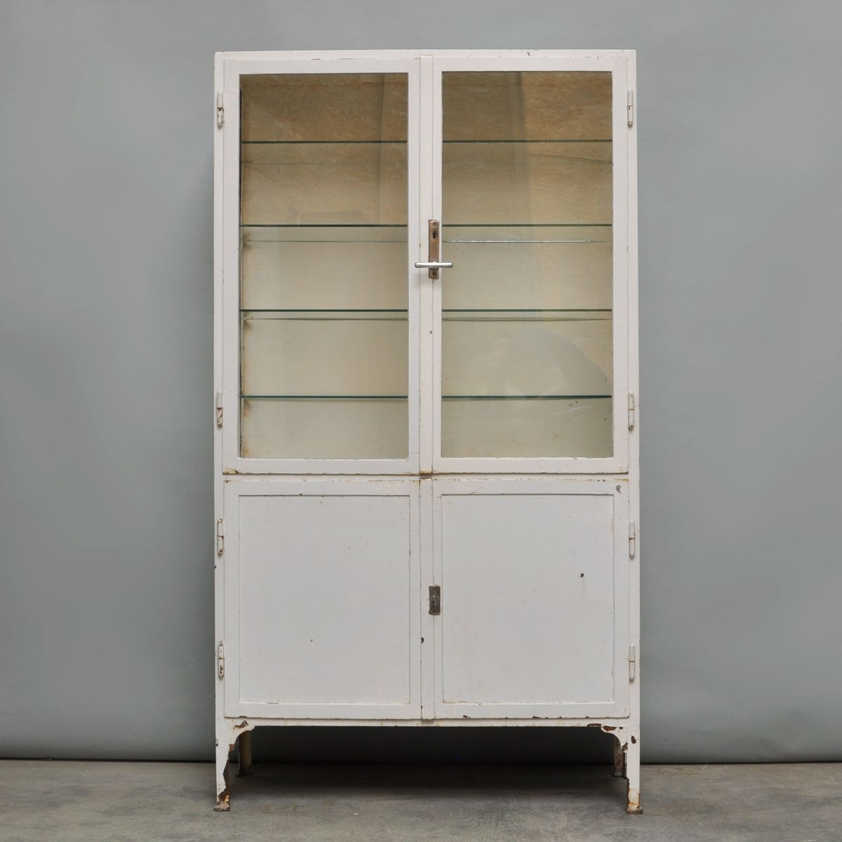 Delicieux Vintage Steel And Glass Medicine Cabinet, 1940s