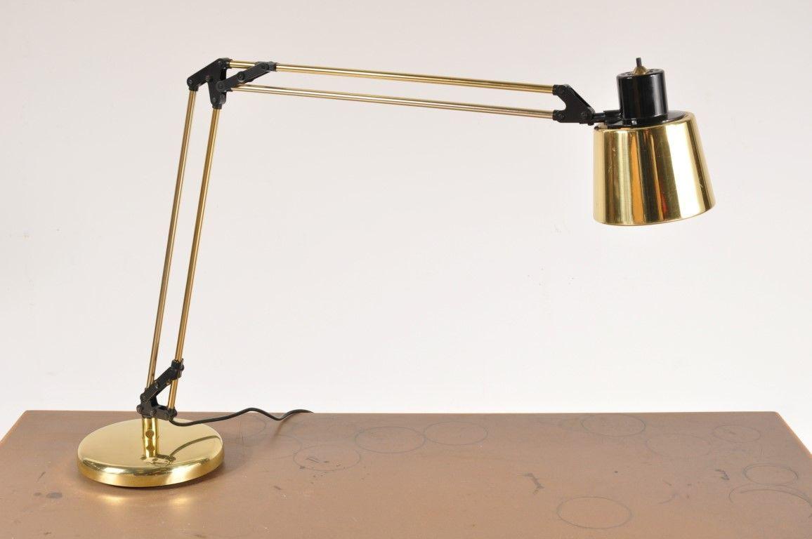 lampe de bureau en laiton italie 1970s en vente sur pamono. Black Bedroom Furniture Sets. Home Design Ideas