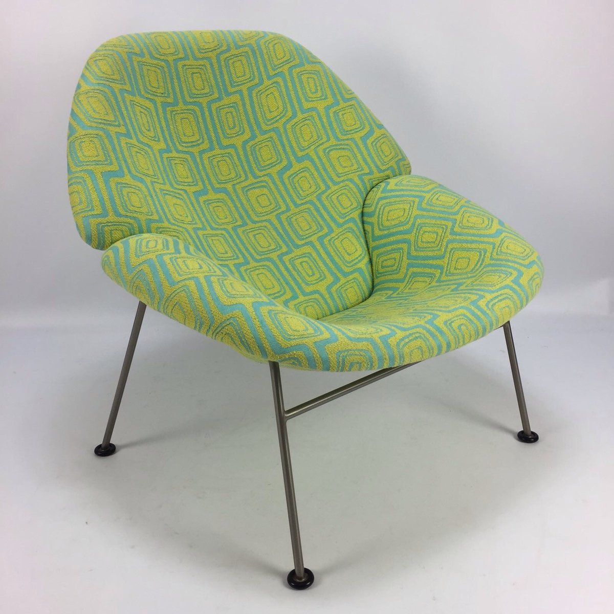 chaise f555 par pierre paulin pour artifort 1960s en vente sur pamono. Black Bedroom Furniture Sets. Home Design Ideas