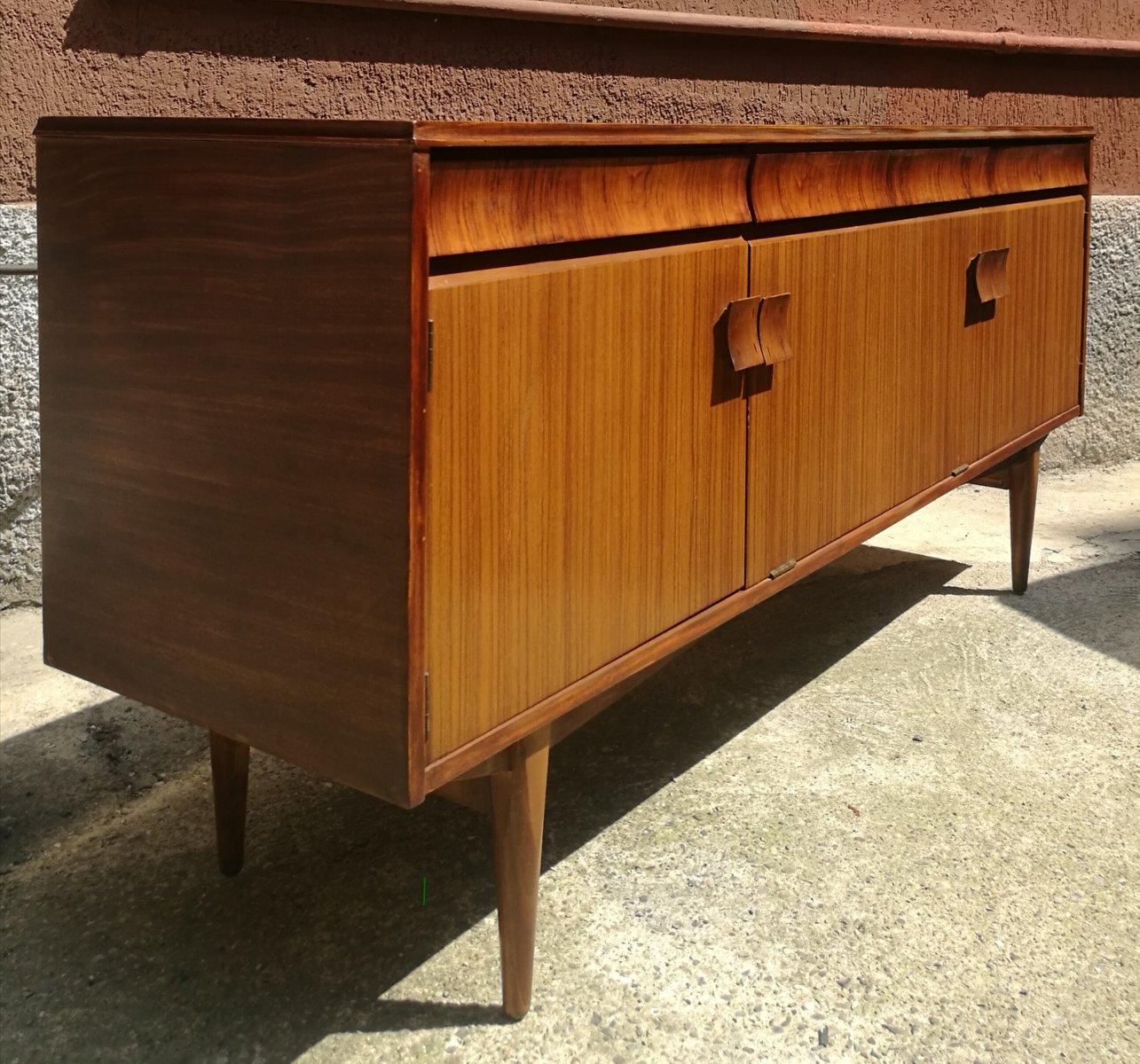 teak sideboard von grange london 1960er bei pamono kaufen. Black Bedroom Furniture Sets. Home Design Ideas
