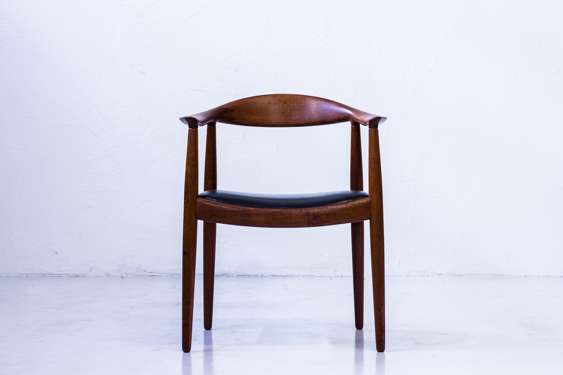 The Chair Or No Jh 501 Armchair By Hans J Wegner For