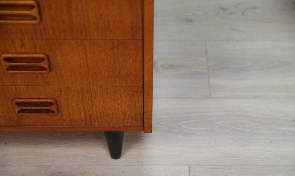 d nische vintage kommode mit teak furnier von th jull bei pamono kaufen. Black Bedroom Furniture Sets. Home Design Ideas