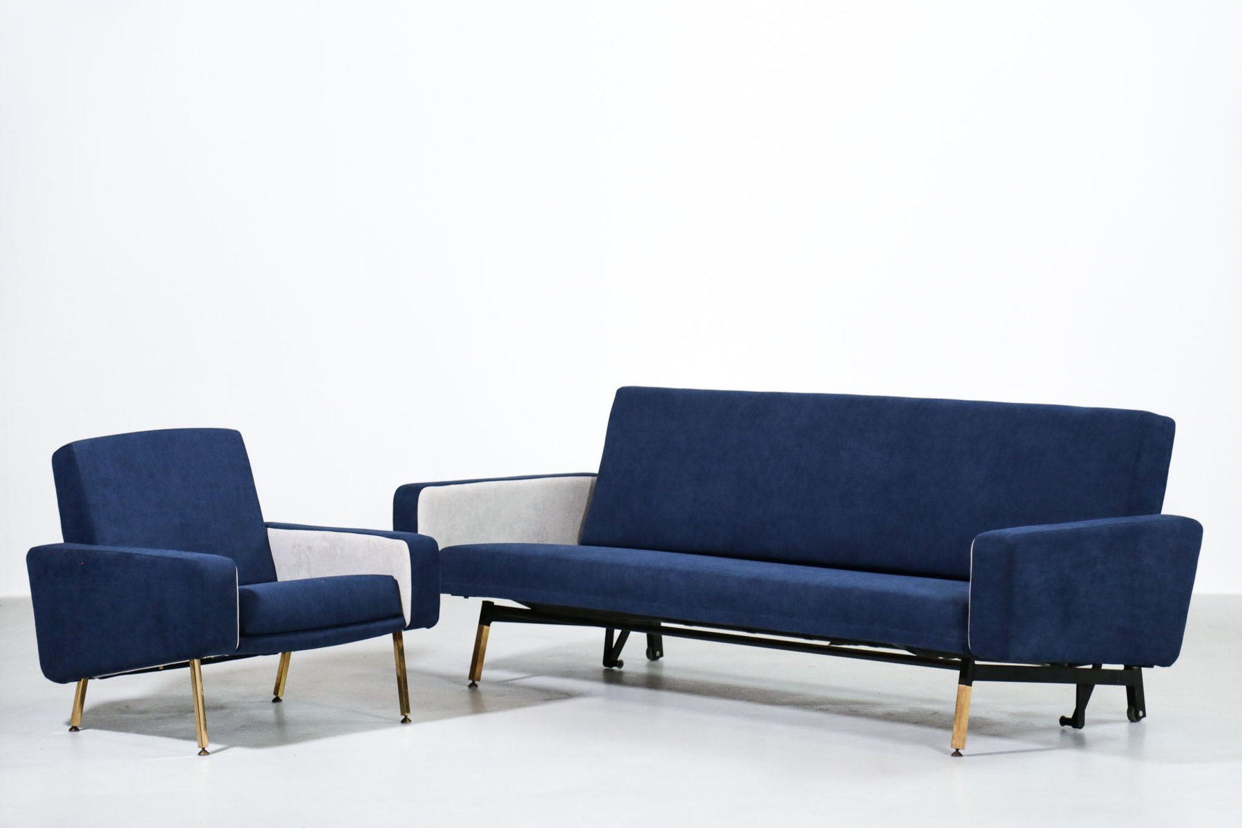 Vintage French Sofa Bed By Pierre Guariche For Airborne