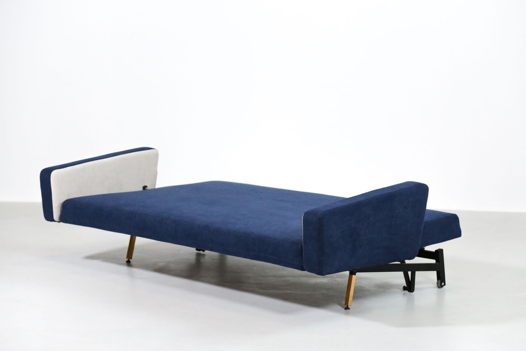 Vintage French Sofa Bed By Pierre Guariche For Airborne 9 3 617 00 Price Per Piece