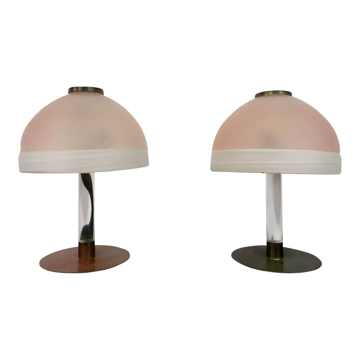 lampe de bureau en verre rose et lucite 1980s set de 2 en vente sur pamono. Black Bedroom Furniture Sets. Home Design Ideas