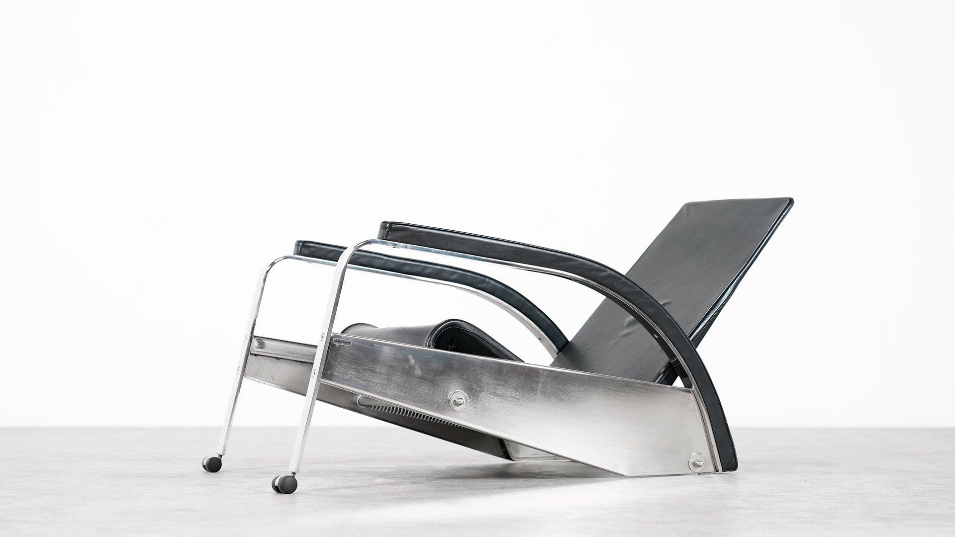 chaise longue grand repos vintage par jean prouv pour tecta en vente sur pamono. Black Bedroom Furniture Sets. Home Design Ideas