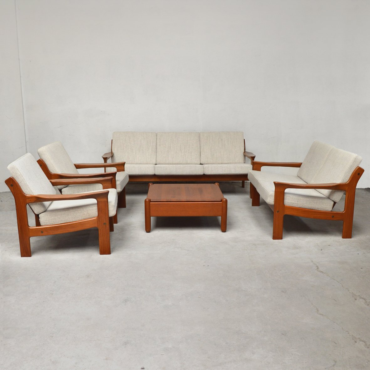 Mobilier de salon de mikael laursen 1960s en vente sur pamono for Mobilier de salon