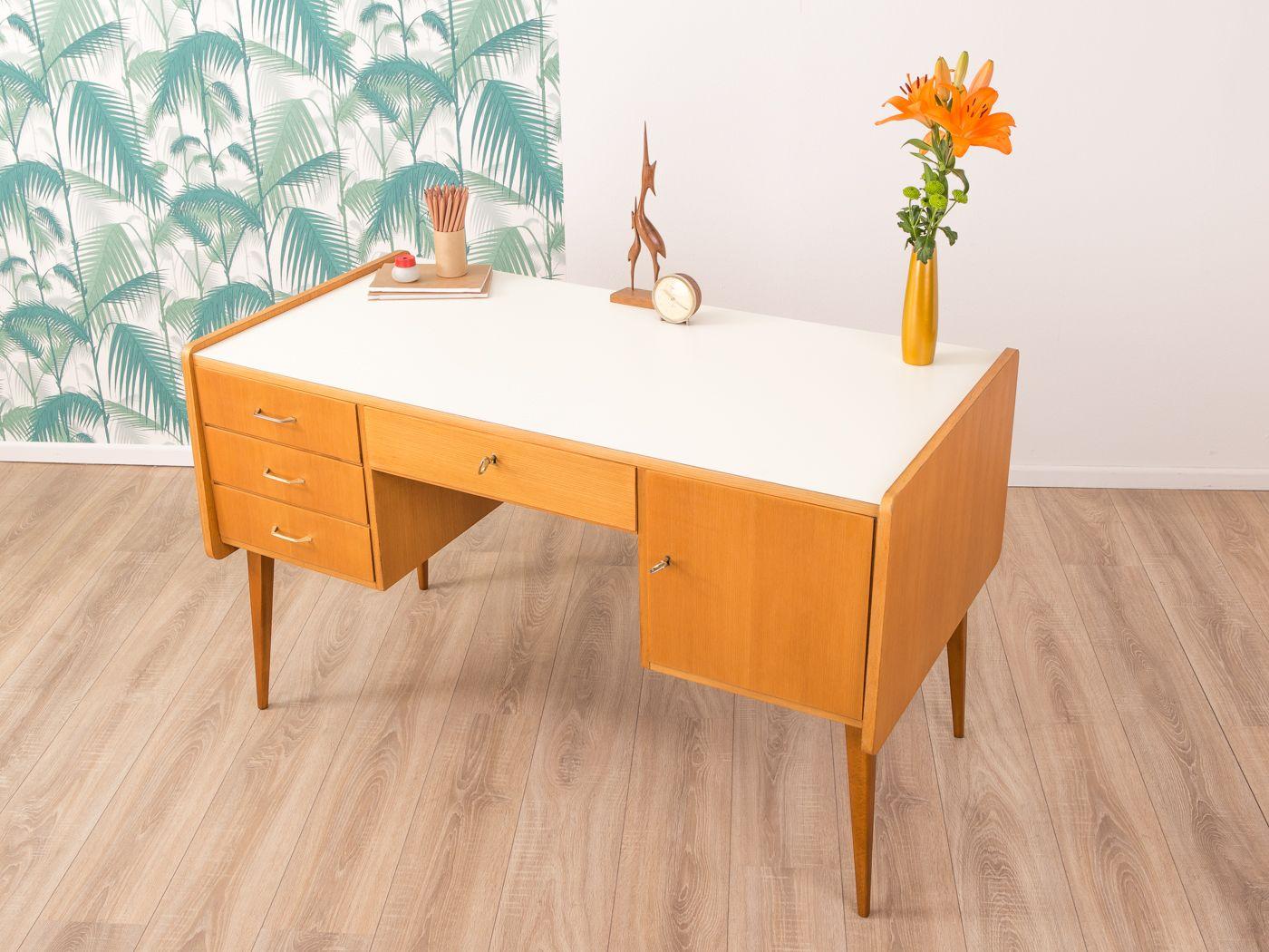 deutscher mid century schreibtisch 1950er bei pamono kaufen. Black Bedroom Furniture Sets. Home Design Ideas