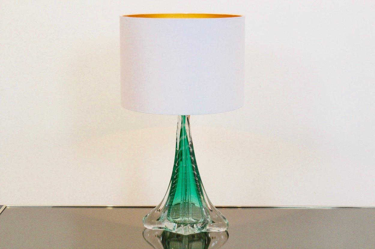 Handgearbeitete Tischleuchte aus Glas von Boussu, 1960er