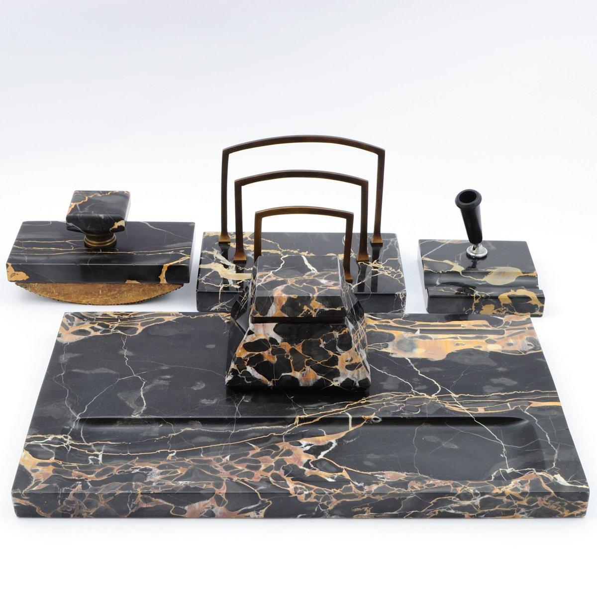schwarzes portoro marmor schreibtisch set 1920er bei pamono kaufen. Black Bedroom Furniture Sets. Home Design Ideas