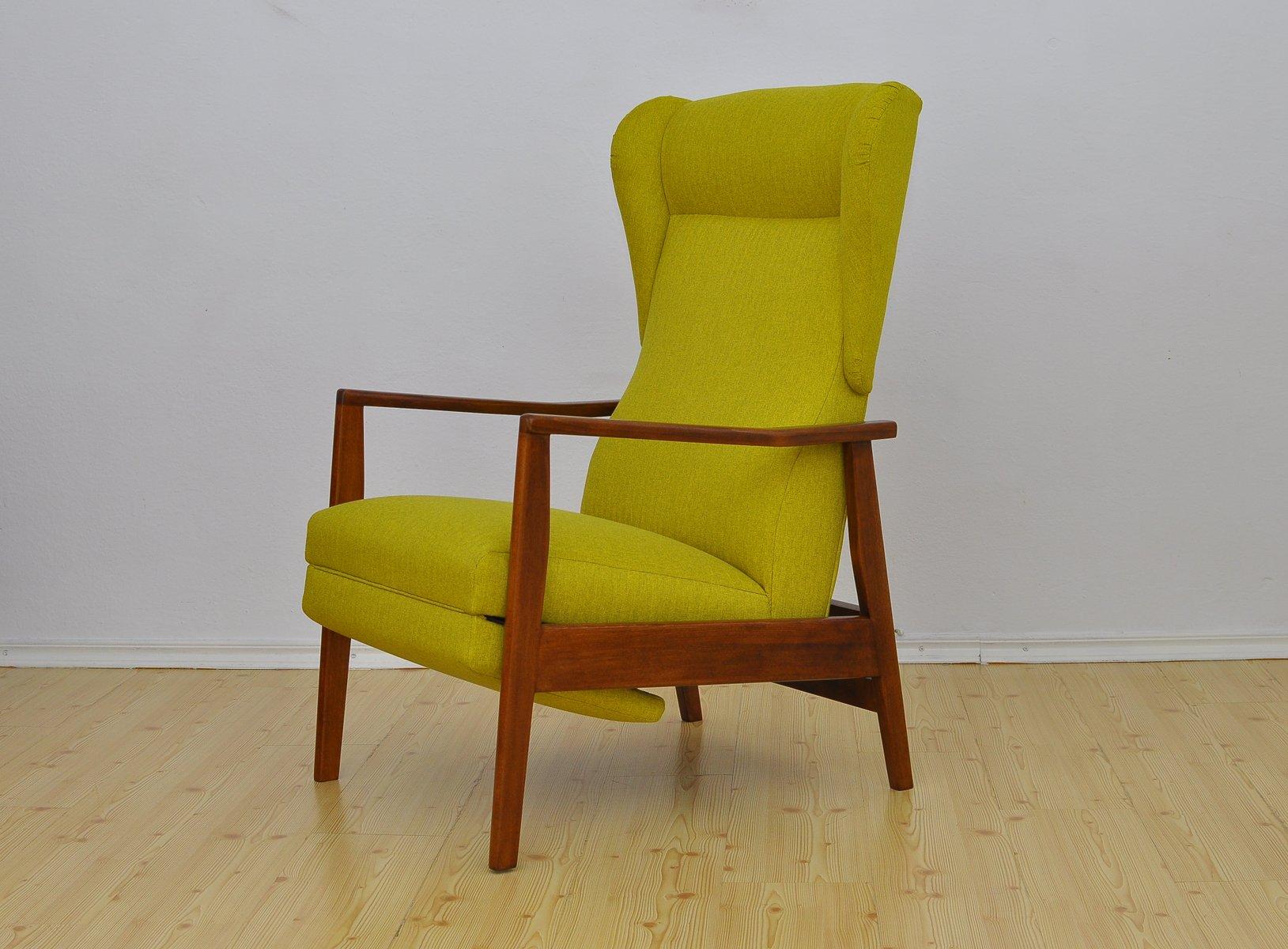 sessel mit klappbarer fu st tze 1960er bei pamono kaufen. Black Bedroom Furniture Sets. Home Design Ideas