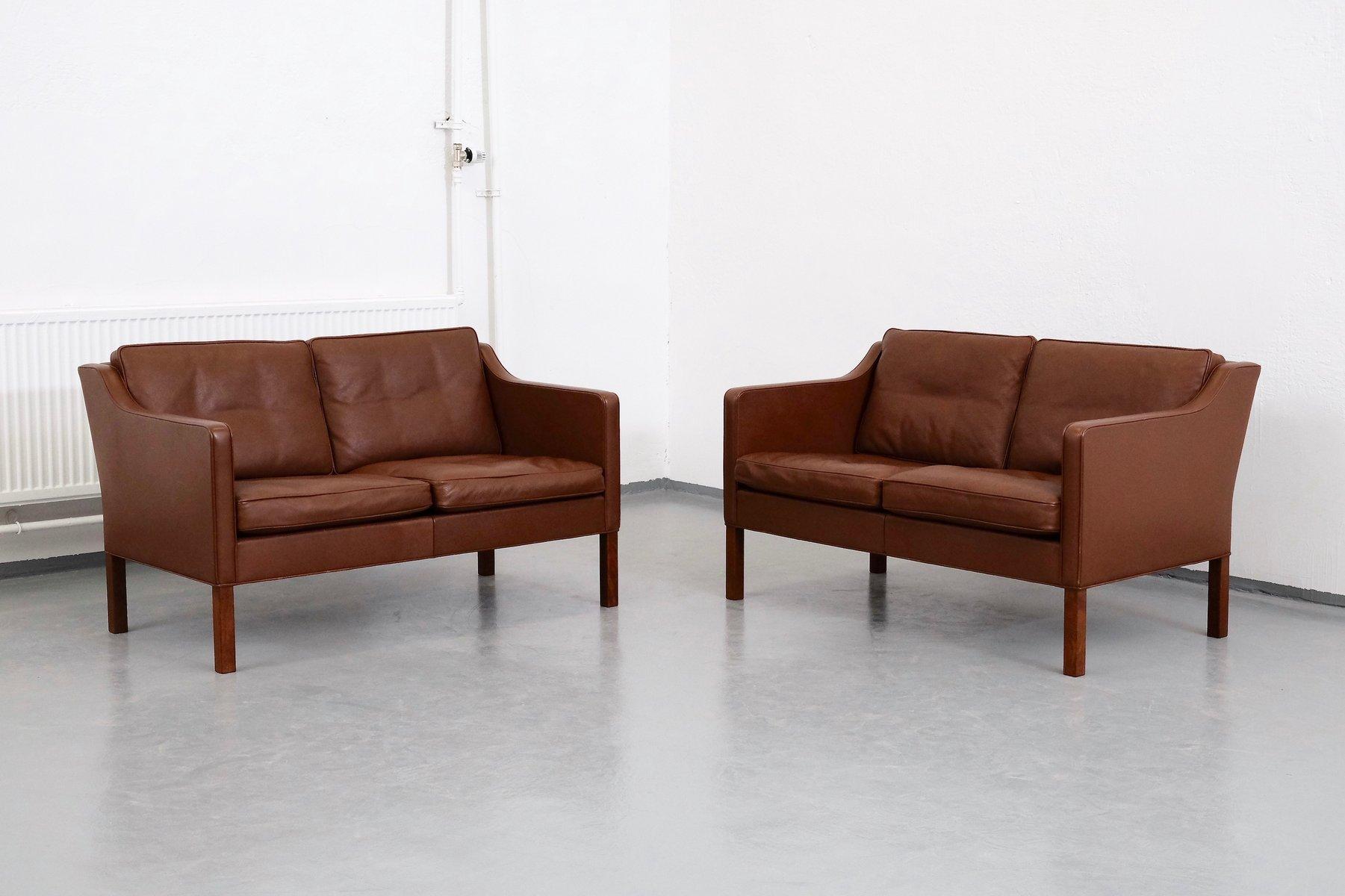 Braune Modell 2422 Leder 2-Sitzer Sofas von Børge Mogensen für Frederi...