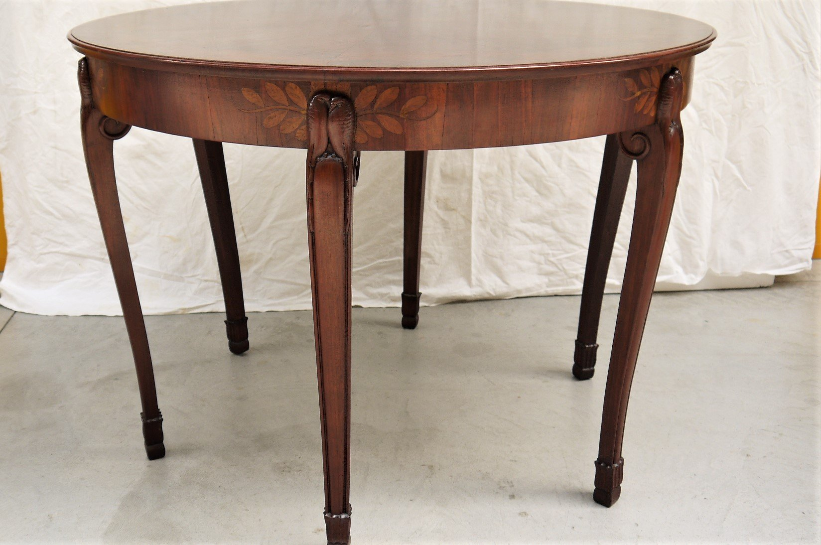 Vintage French Dining Table With Parrot Ornaments