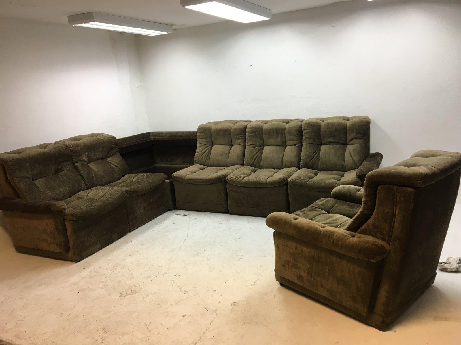 canap en velours vert avec fauteuil assorti 1960s en. Black Bedroom Furniture Sets. Home Design Ideas