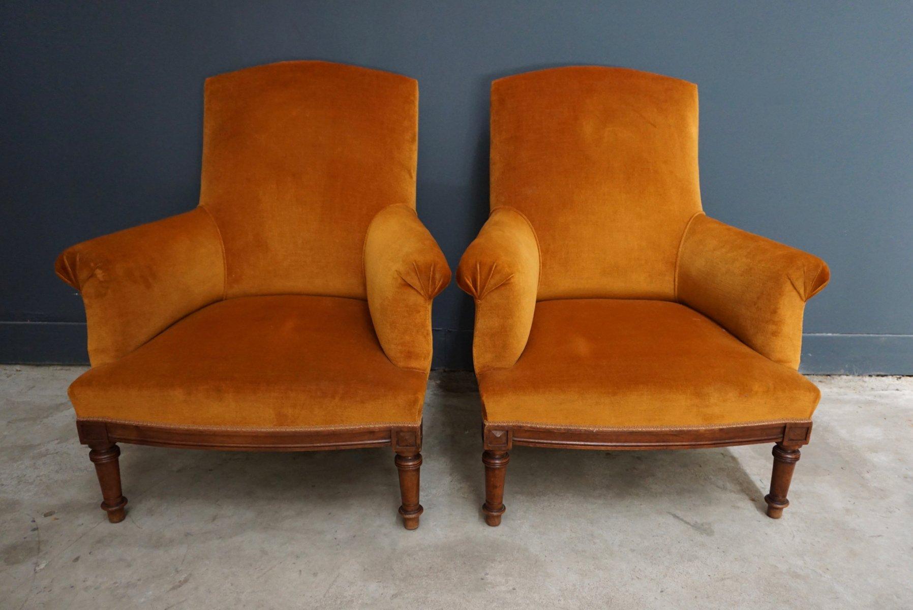 Französische vintage Sessel aus orangefarbenem Samt & Walnuss, 2er Set