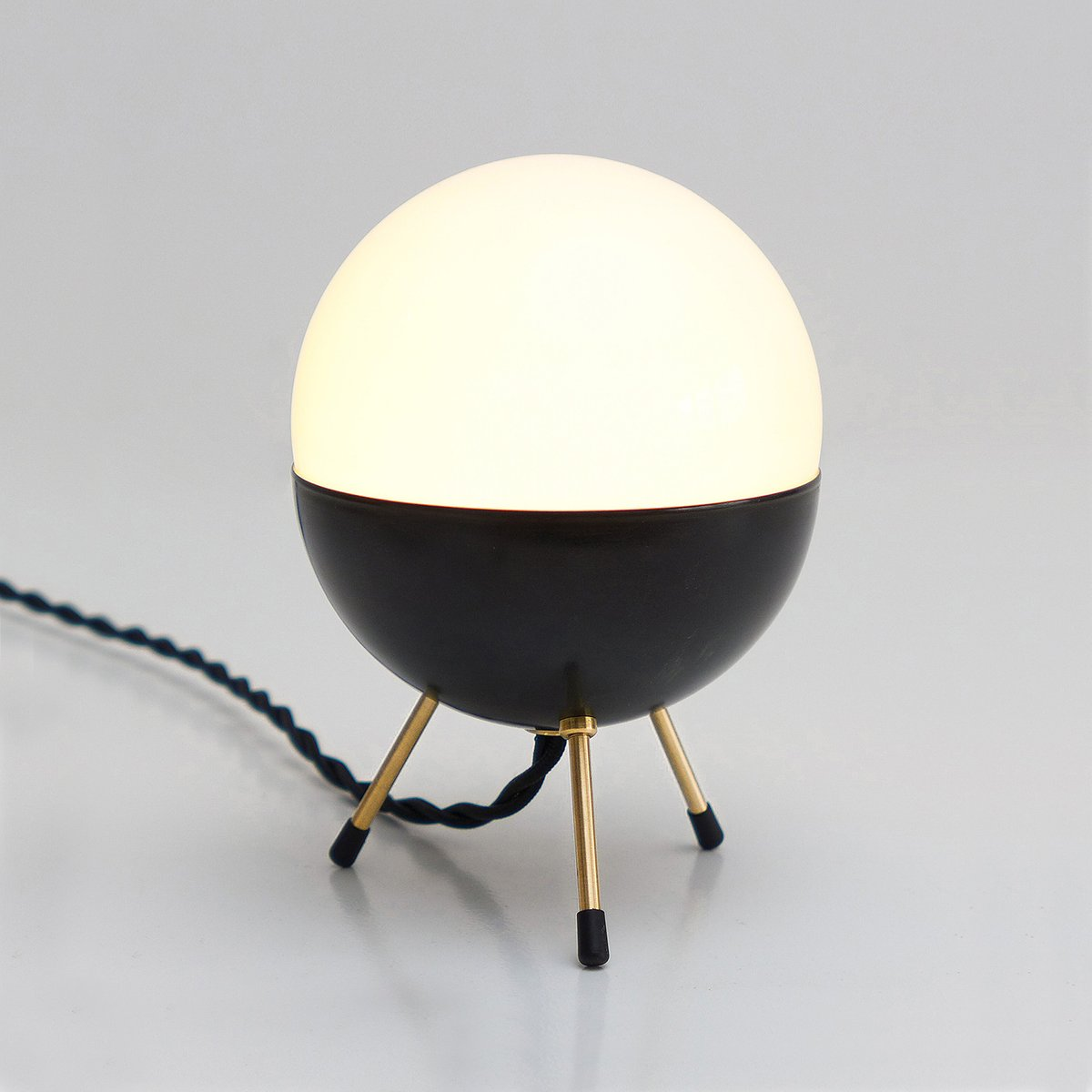 space age minimal sputnik lampe de bureau de balance lamp en vente sur pamono. Black Bedroom Furniture Sets. Home Design Ideas